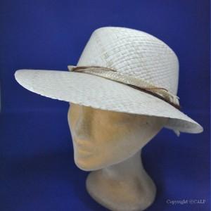 casquette d'été en paille