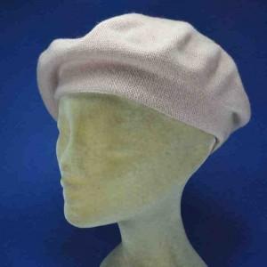 Béret laine  tricoté