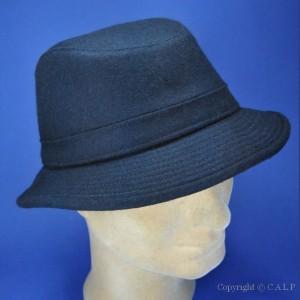 chapeau hiver marine