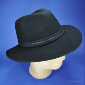 Chapeau d'hiver noir