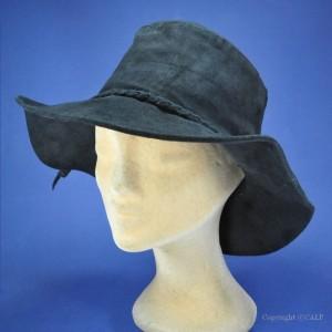 chapeau MINNETONKA© en cuir